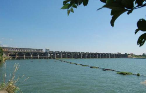 水利水电工程师讨论何以增强大水利工程造价办